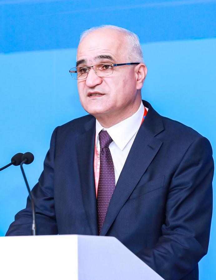 沙欣·穆斯塔法耶夫